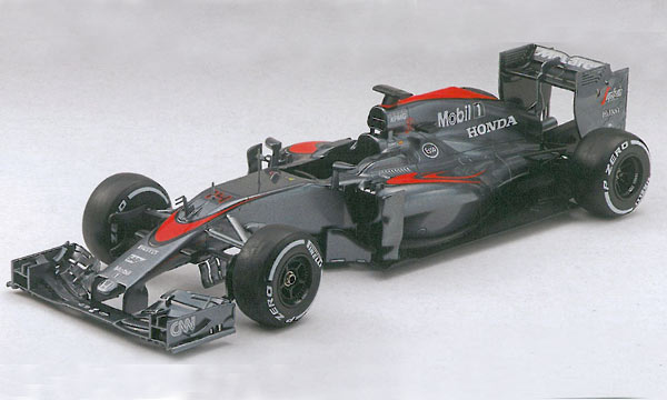 voiture Ebbro McLaren Honda MP4/30 Japon 2015