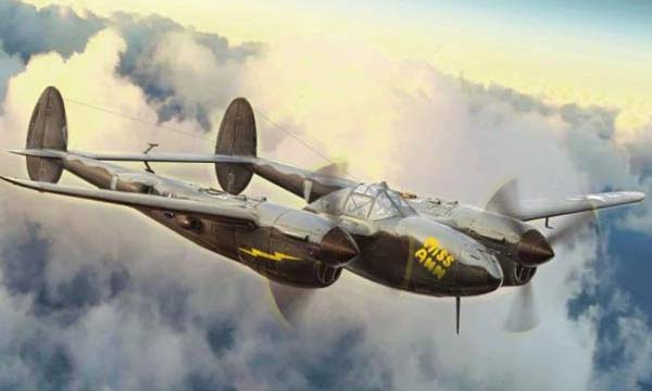 avion Italeri P-38J Lightning
